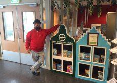 Kinderzwerfboekstation geopend in Pennemes